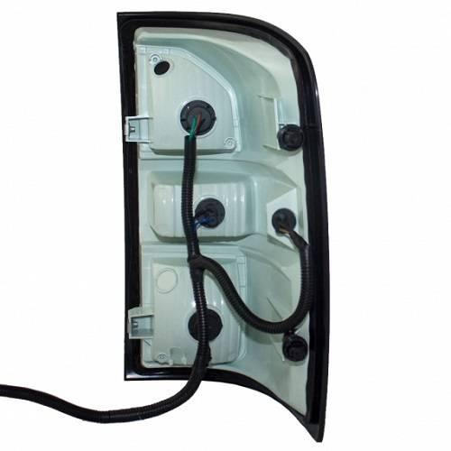 Gmc Sierra Tail Light Wiring Harness : Sierra tail light right