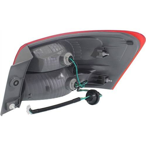 2008 2013 Rogue Tail Light Outer R