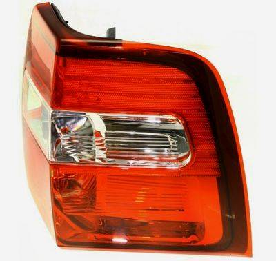 2007 2014 Expedition Tail Light Right